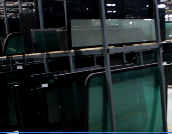 Custom Tempered Rear Windshield Glass , Clear / Green Auto Glass Windshield