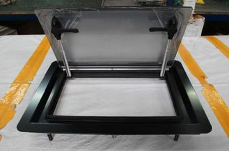 China Tempered Bus Side Bus Window Glass , Bus Sliding Windscreen Glass OEM Acceptable supplier