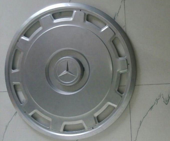 Mercedes Benz Bus Metal Wheel Covers  , Front And Rear 22.5 Chrome Wheel Simulators
